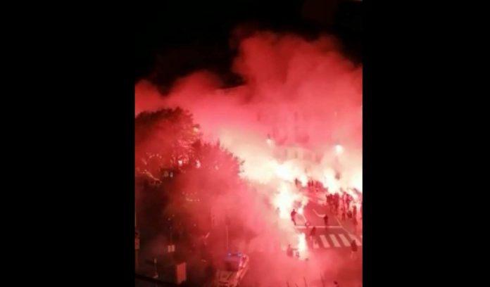 Atalanta Ajax bus calciatori tifosi