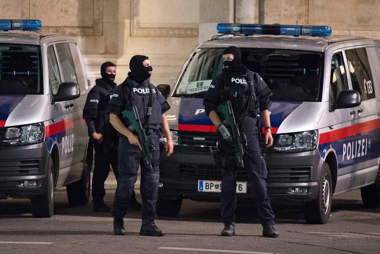 polizia vienna attentato