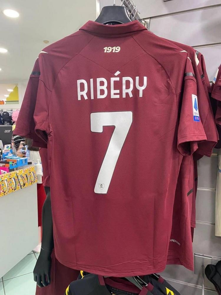 Ribery maglia Salernitana